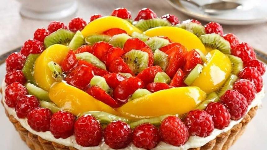 Tarta tapada de frutas