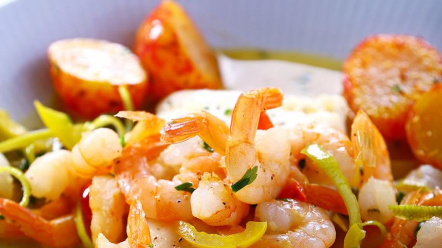 Merluza con salsa de Camarones