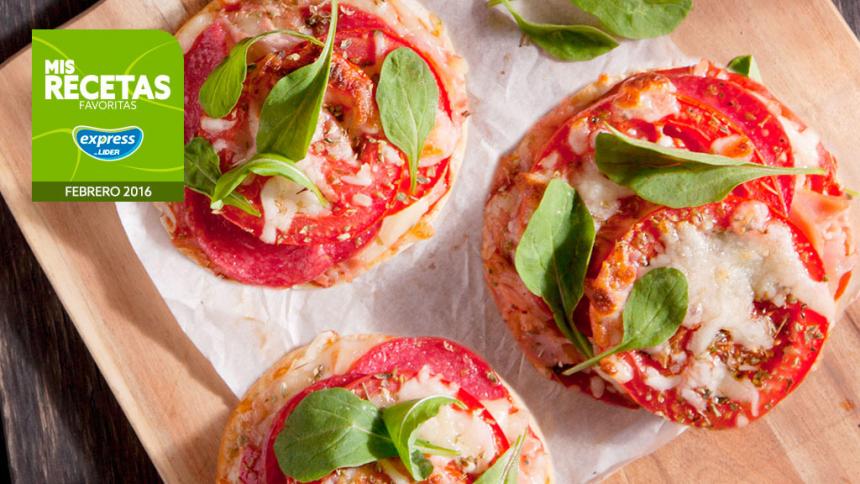 Pizzeta en pan de hamburguesa o hallulla