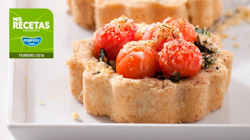Tarta individual de tomates cherry y espinacas