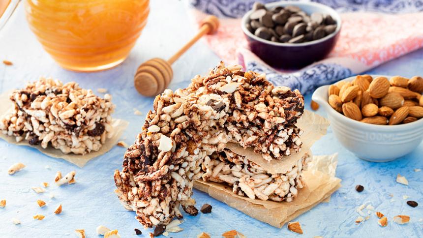 Barritas de cereales inflados con chips de chocolate